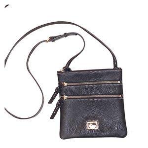 Dooney & Bourke crossbody 3 zip bag